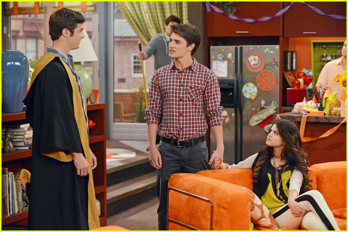 selena gomez wizards return stills 06