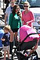ariel winter julie bowen farmers market meet up 11