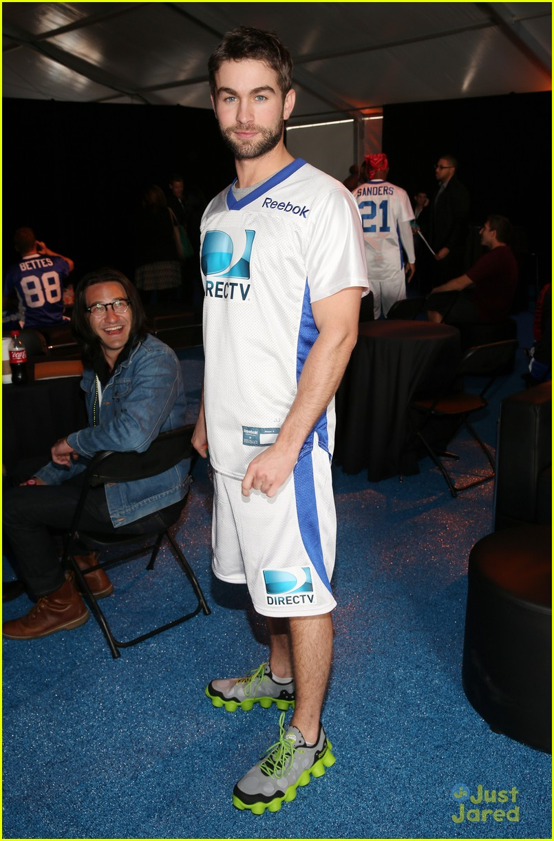 chace crawford super bowl saturday night 15