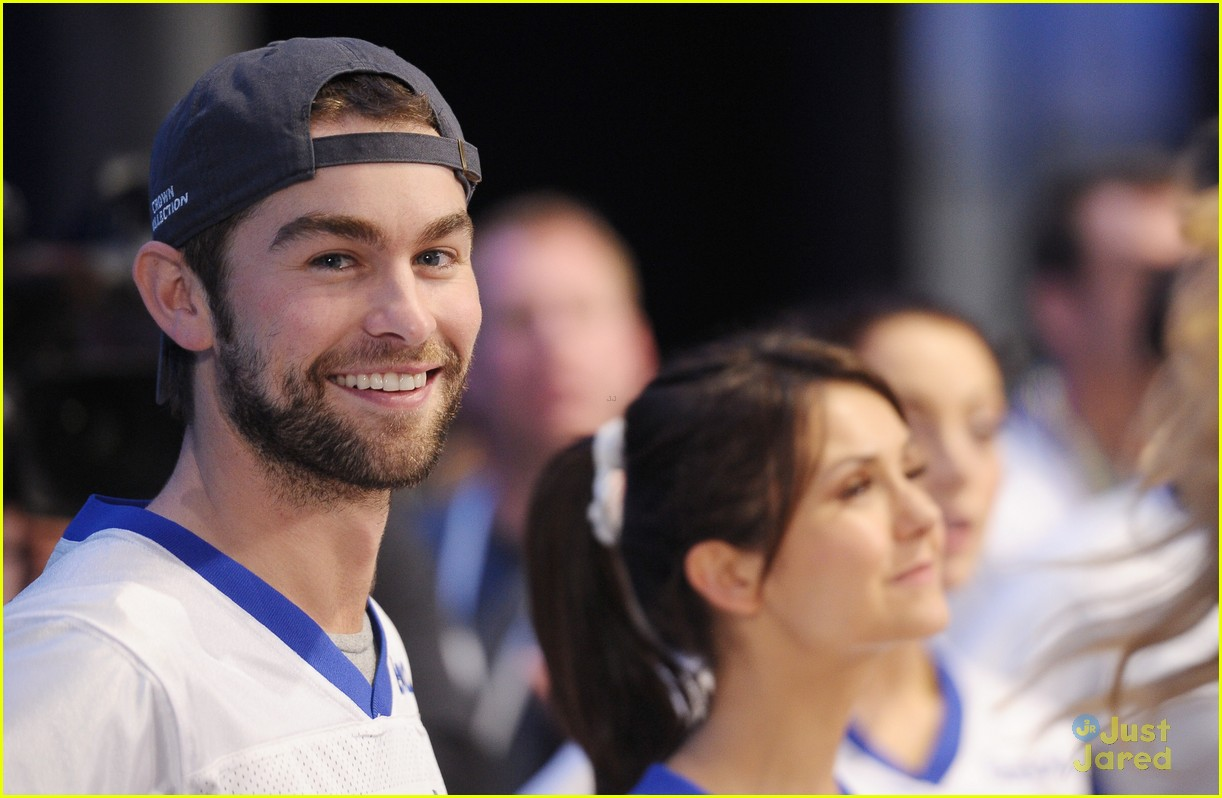 chace crawford super bowl saturday night 16