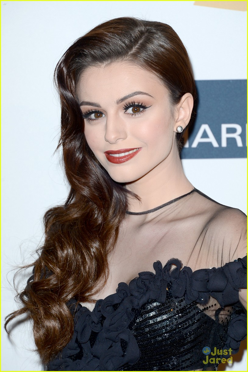cher lloyd clive davis grammy party 05