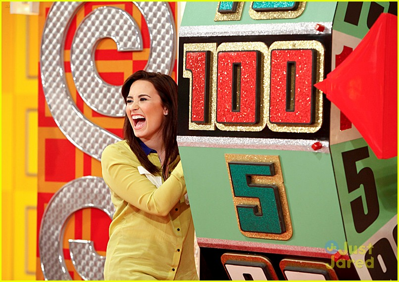 demi lovato price right appearance 02