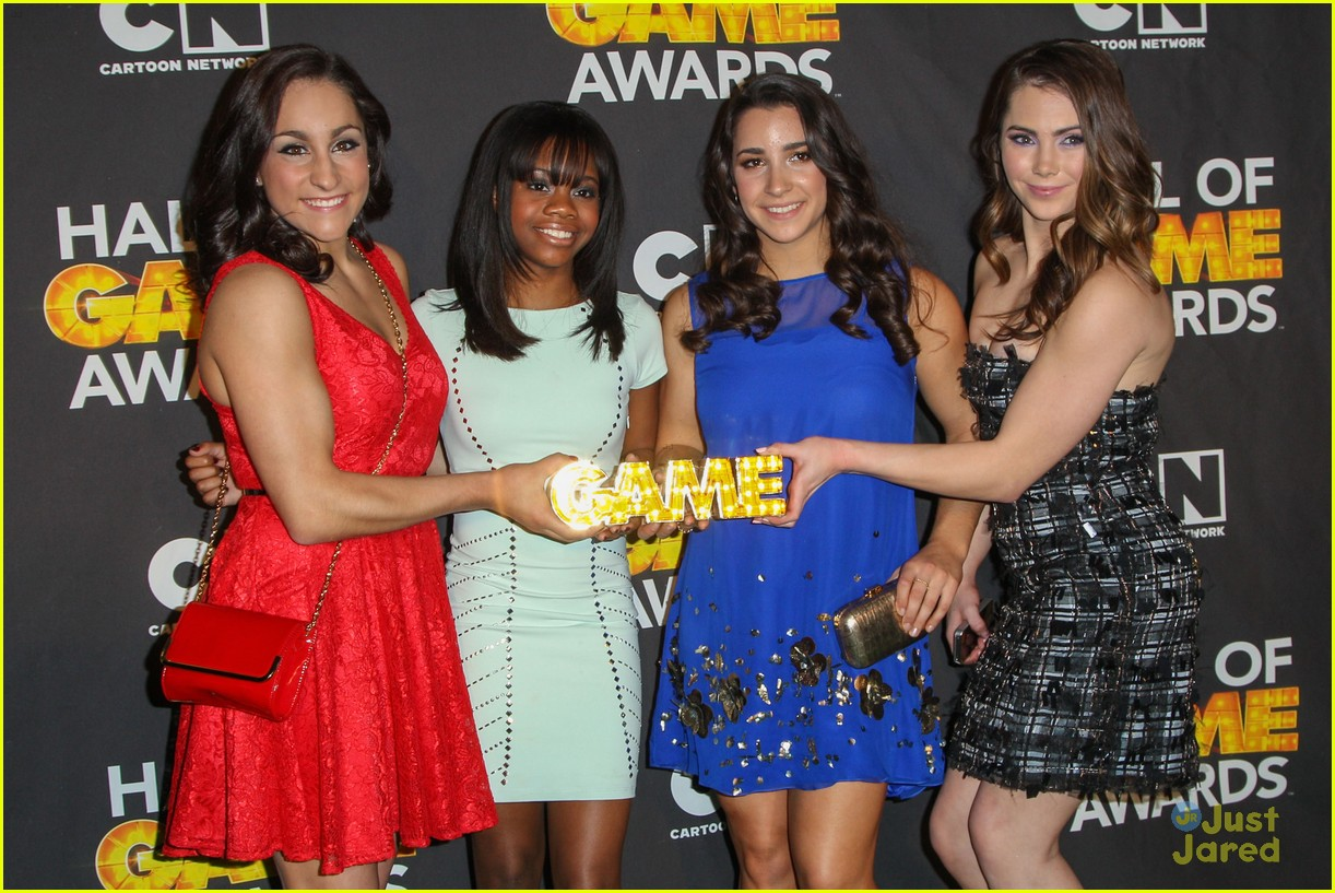gabby douglas mckayla maroney aly raisman hall game awards 31