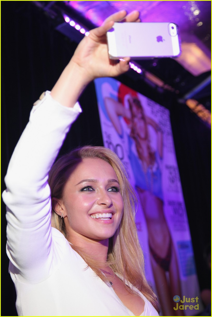 hayden panettiere lacoste party super bowl 05