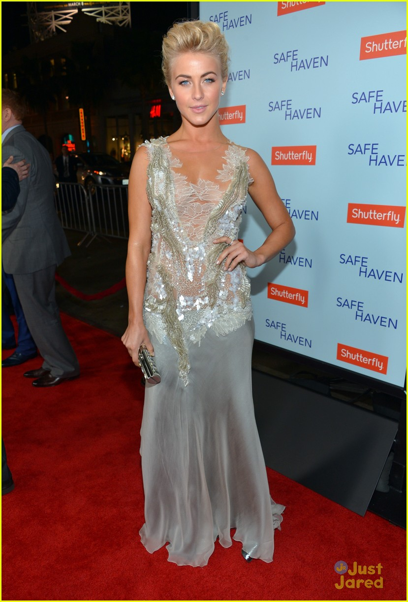 julianne hough haven premiere 14