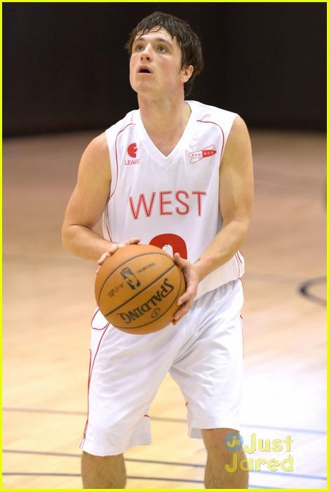 josh hutcherson ciroc celebrity basketball player 03