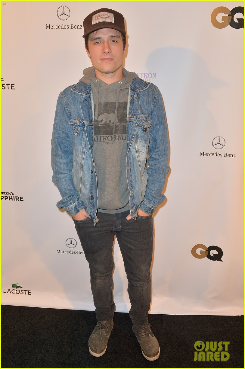 josh hutcherson superbowl party 01
