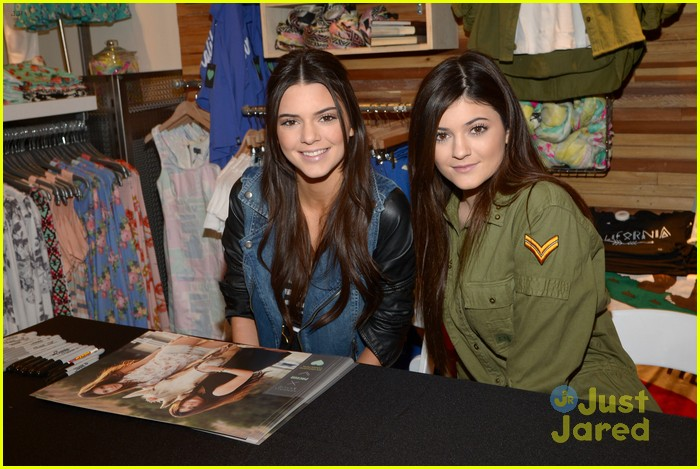 kendall kylie jenner pacsun line debut 01