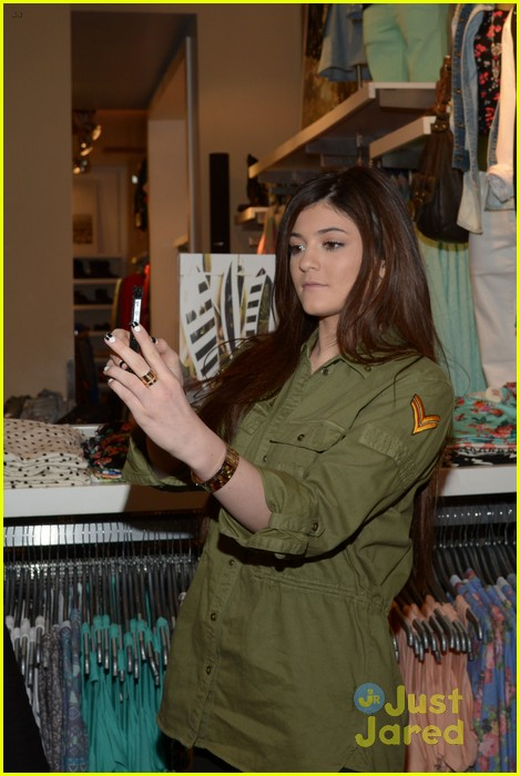 kendall kylie jenner pacsun line debut 12