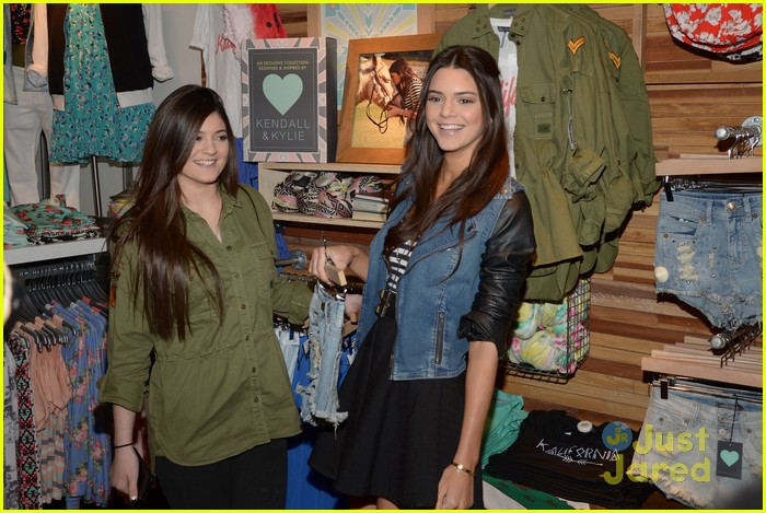 kendall kylie jenner pacsun line debut 16