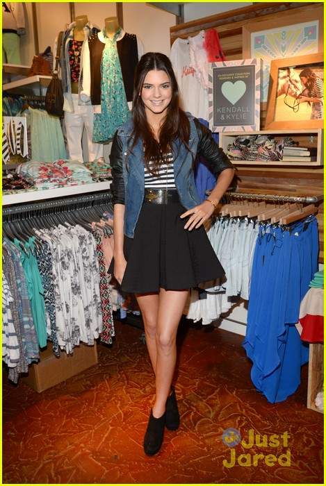 kendall kylie jenner pacsun line debut 20