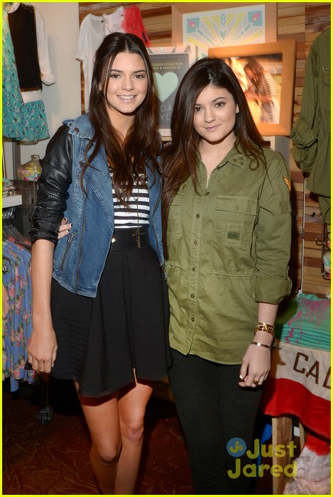 kendall kylie jenner pacsun line debut 24