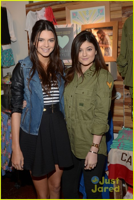 kendall kylie jenner pacsun line debut 26