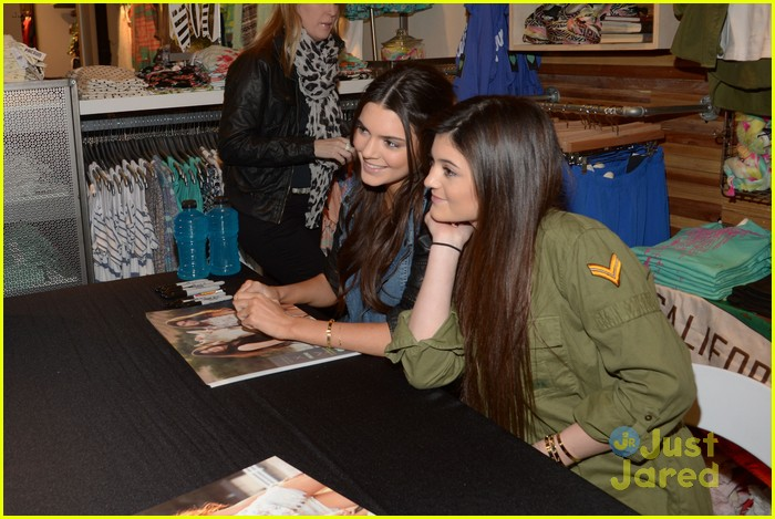 kendall kylie jenner pacsun line debut 39