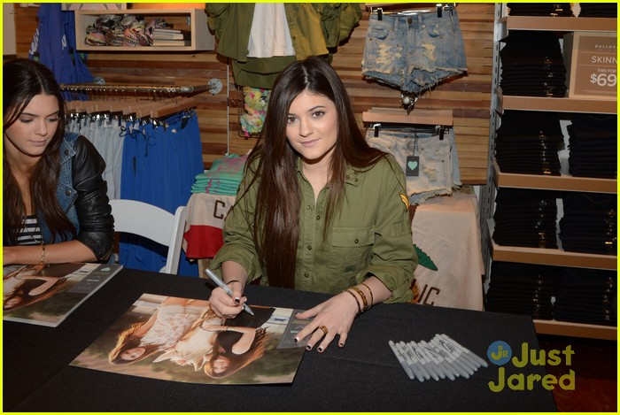 kendall kylie jenner pacsun line debut 41