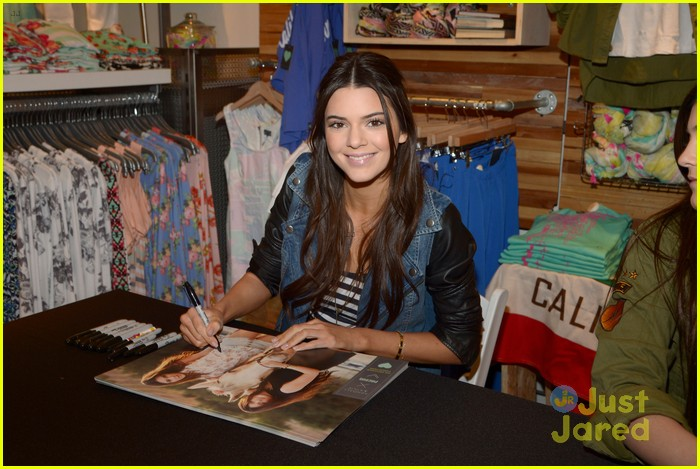 kendall kylie jenner pacsun line debut 43
