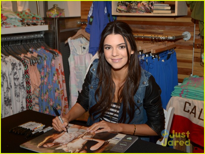 kendall kylie jenner pacsun line debut 44