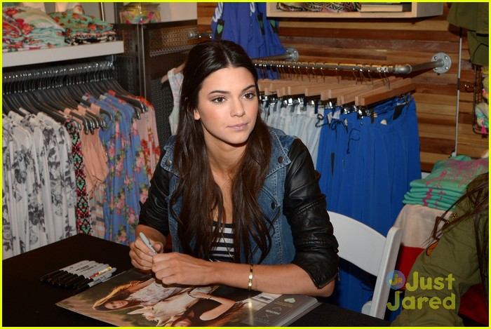 kendall kylie jenner pacsun line debut 45