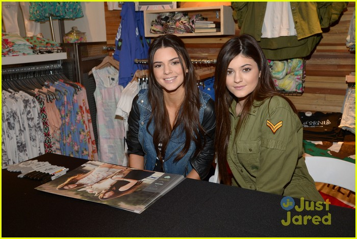 kendall kylie jenner pacsun line debut 46