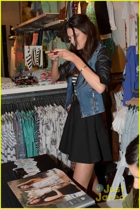 kendall kylie jenner pacsun line debut 47