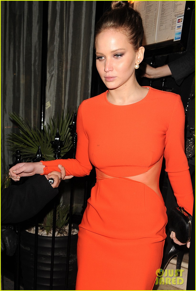 jennifer lawrence lovely london dinner 10