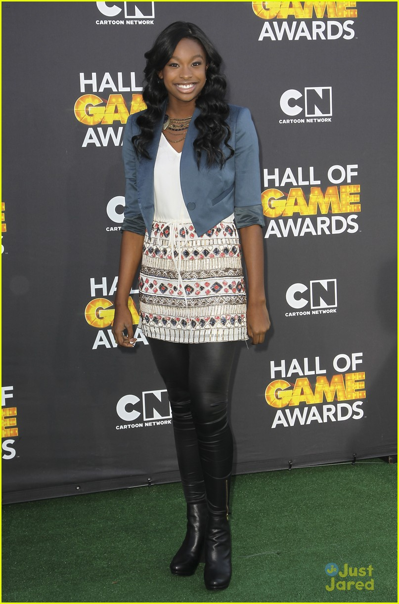 bridgit mendler coco jones hall game awards 06