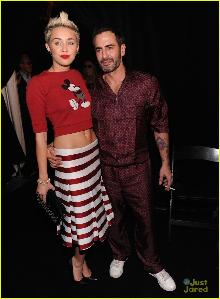 miley cyrus marc jacobs=show 06