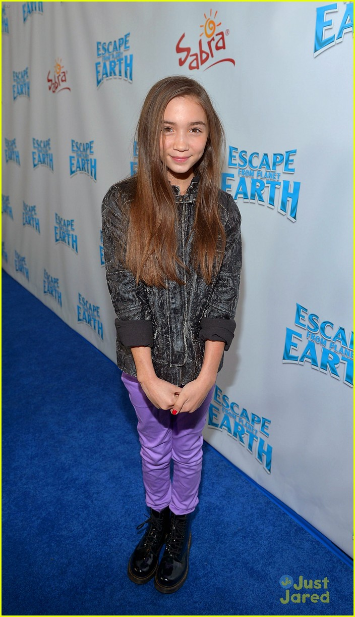 rowan blanchard escape earth premiere 03