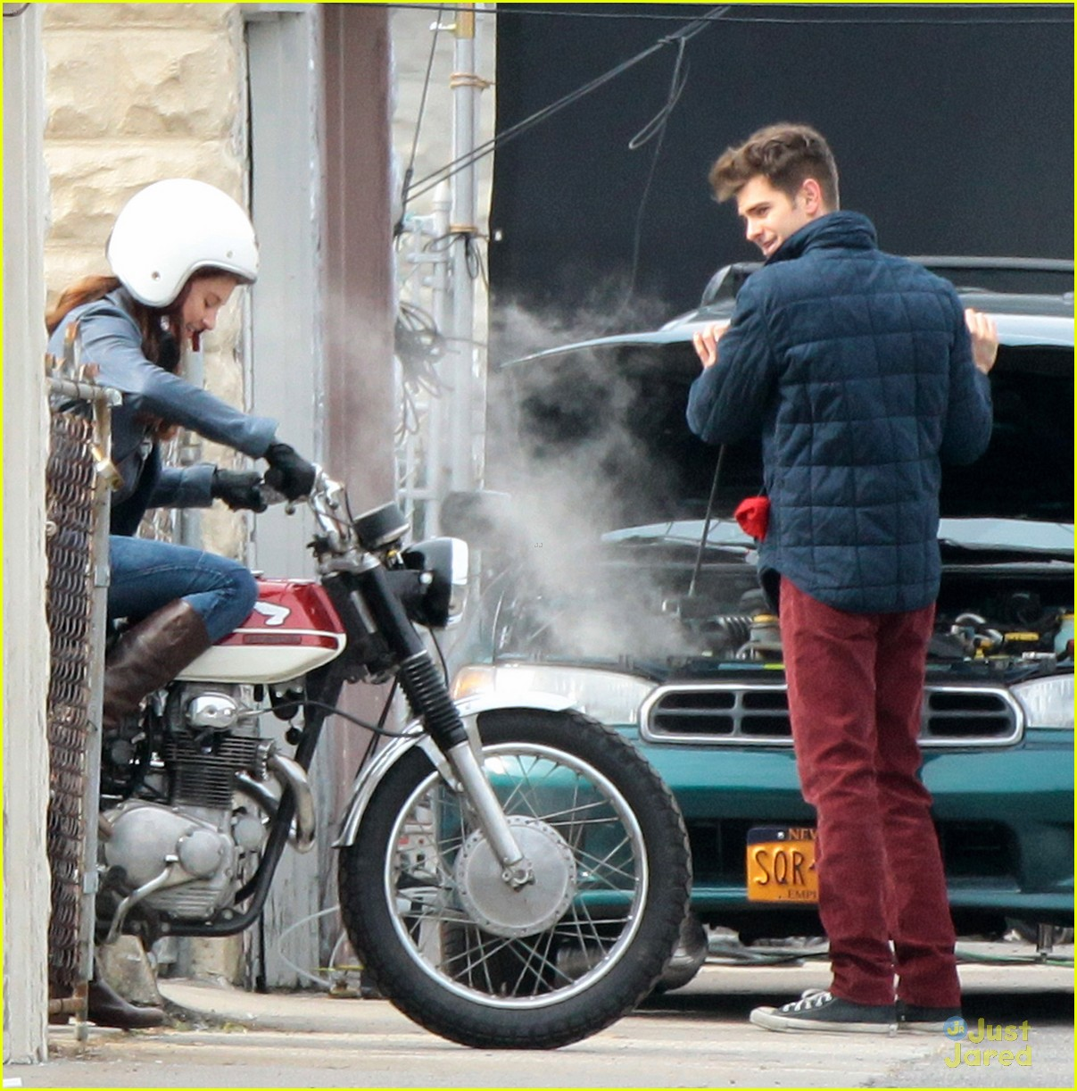 shailene woodley andrew garfield cycle spiderman 08