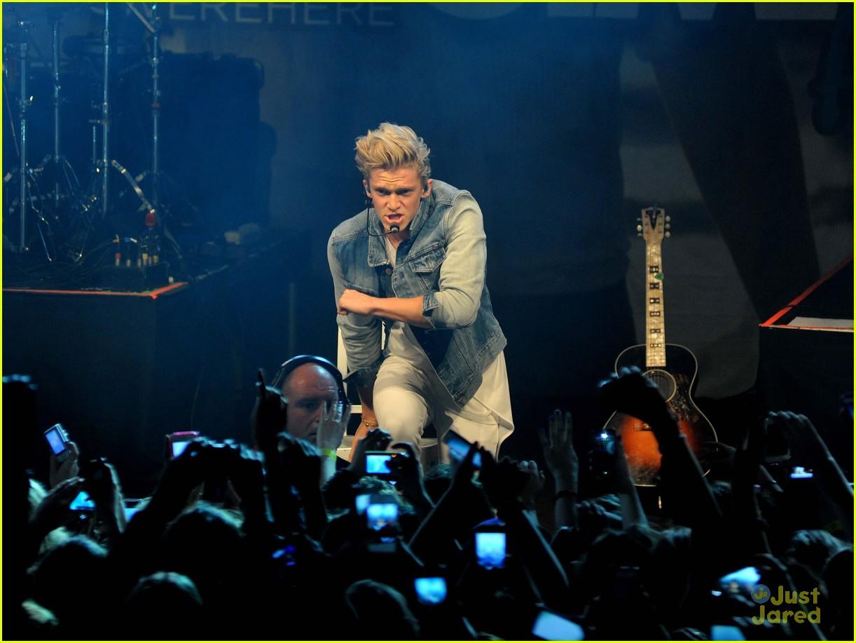 cody simpson dublin concert pics 07