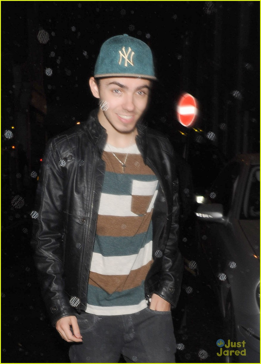 nathan sykes all about usher right now 04