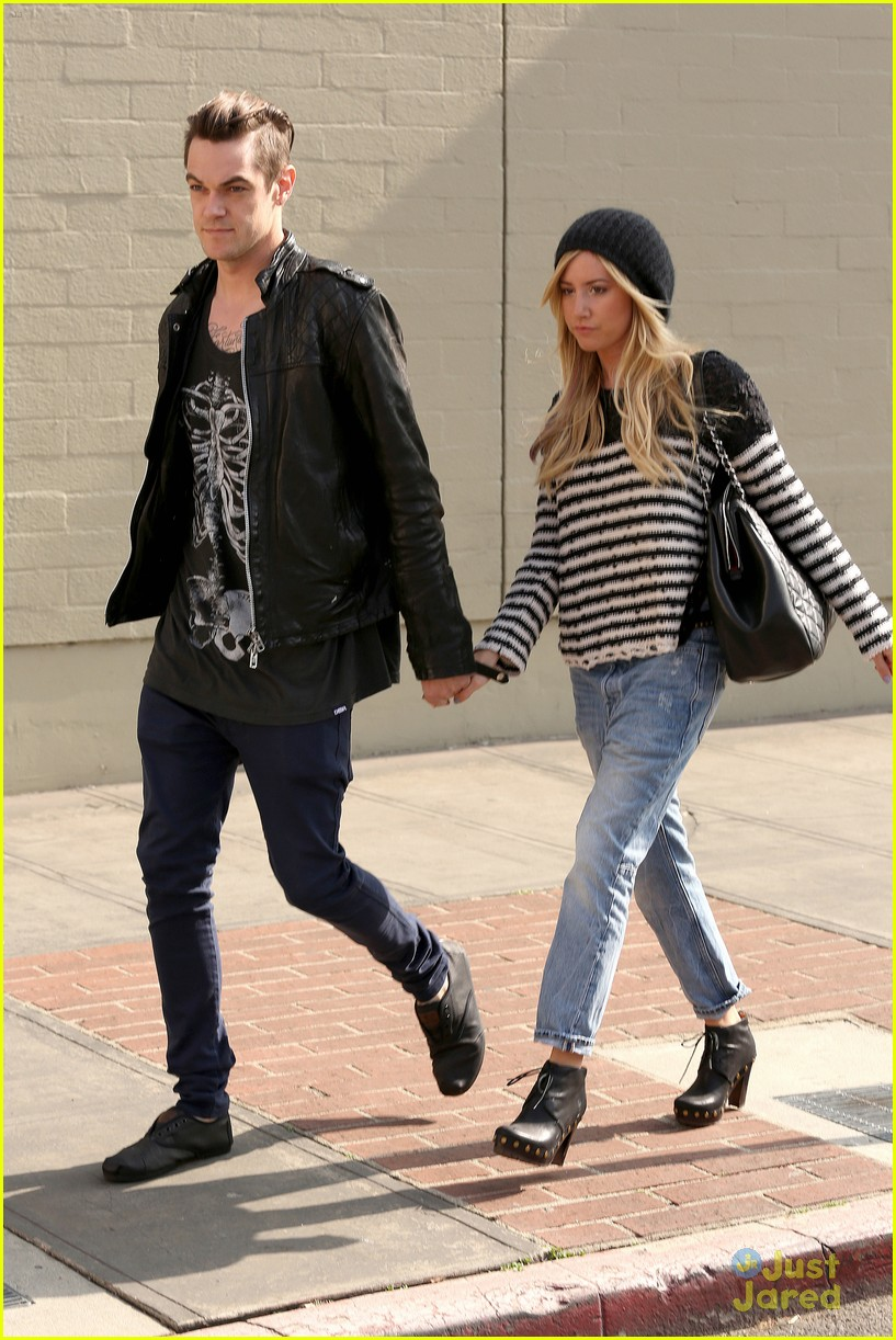 ashley tisdale chris french lunch date 01