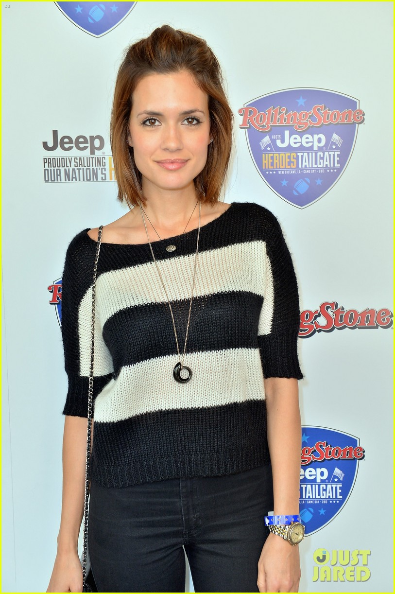 paul wesley torrey devitto tailgating party 04