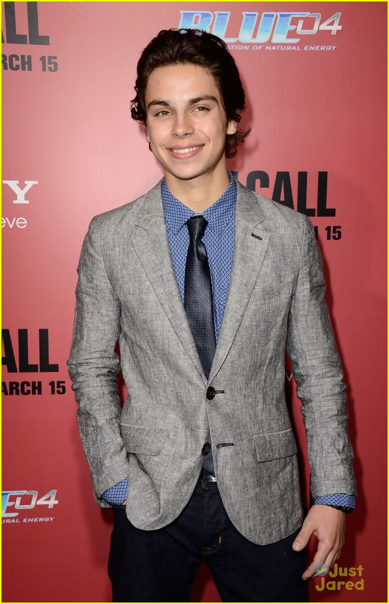 jake t austin the call red carpet premiere 01