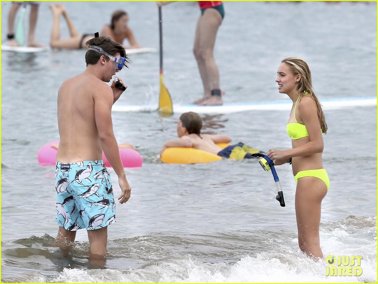 topless-snorkler-bikini-gallery