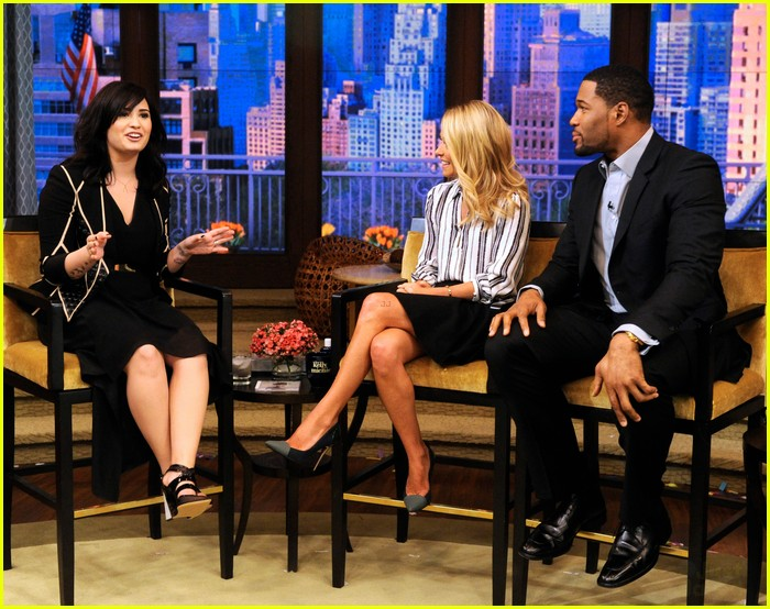 demi lovato live z100 appearances 01