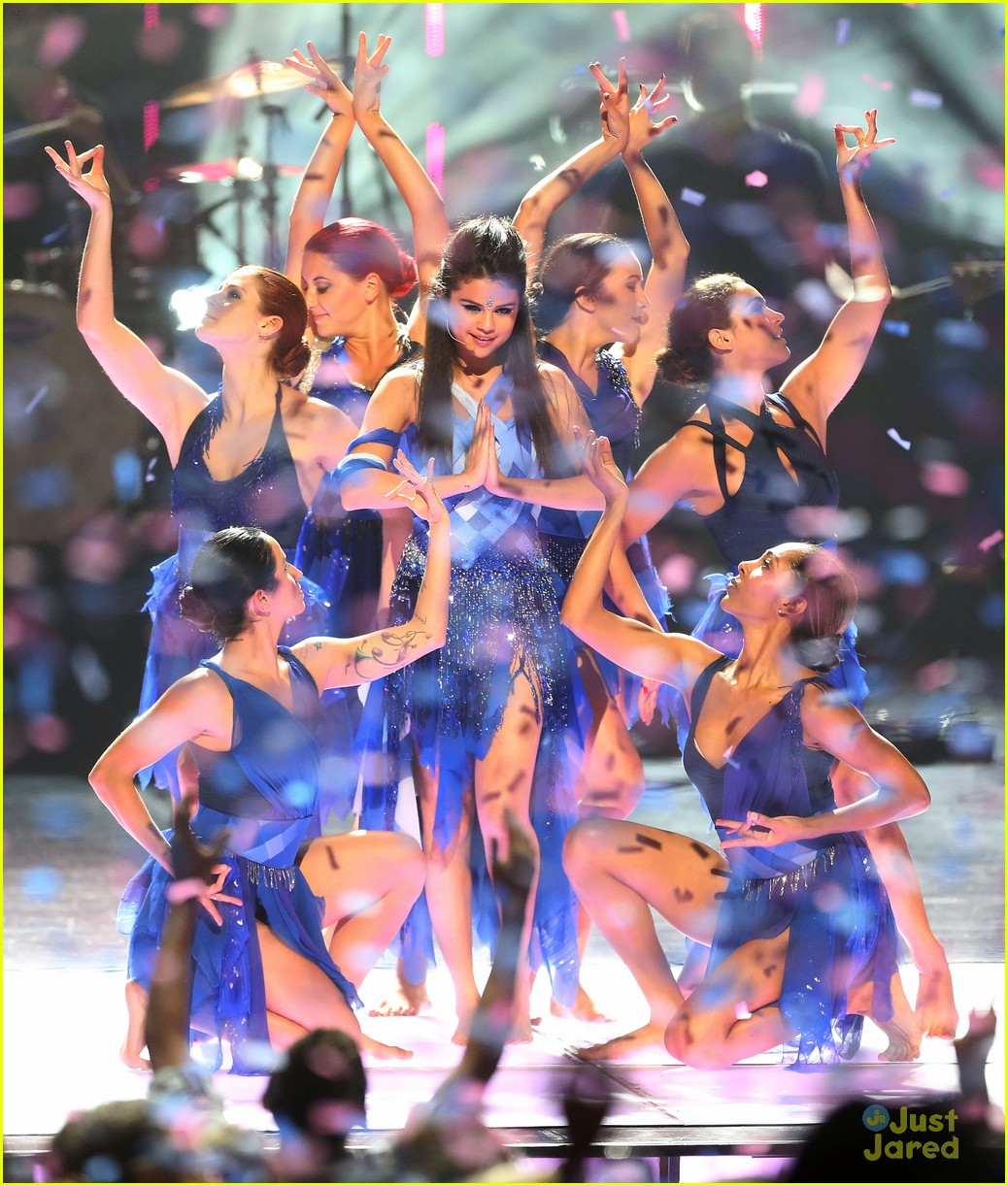 Selena Gomez header (Come and get it performance) by ...  |Selena Gomez Come And Get It Performance
