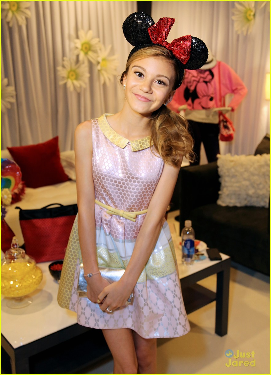 g hannelius rdma minnie lounge 11
