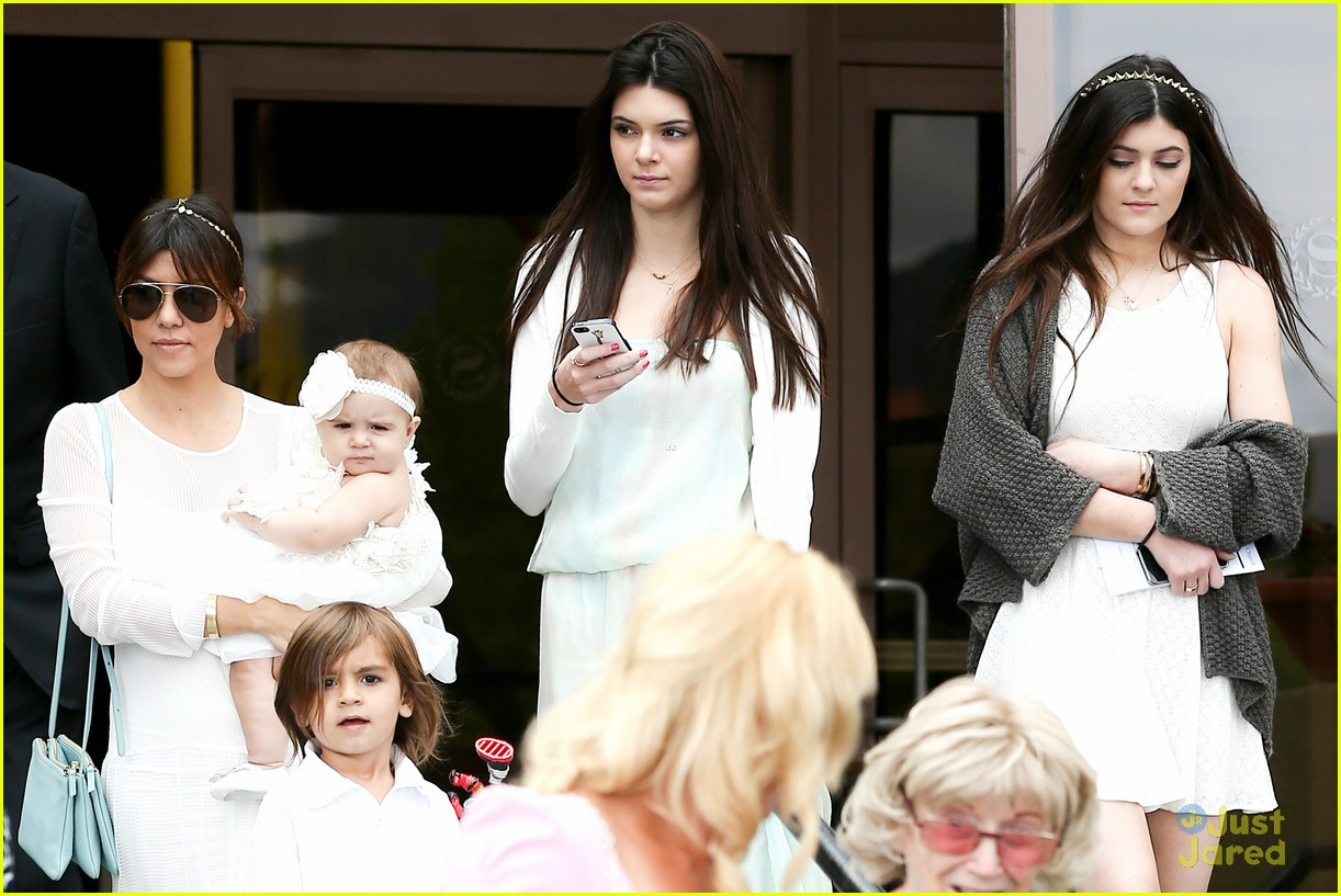 kendall kylie jenner easter service 08