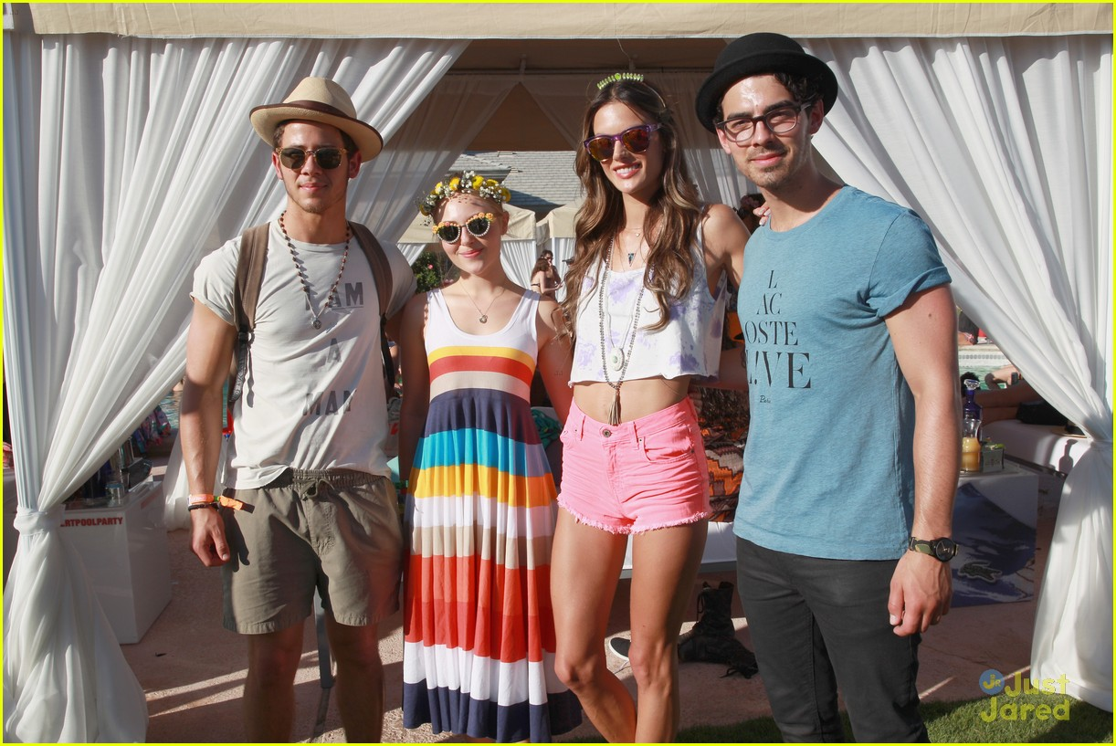 annasophia robb lacoste coachella party 13