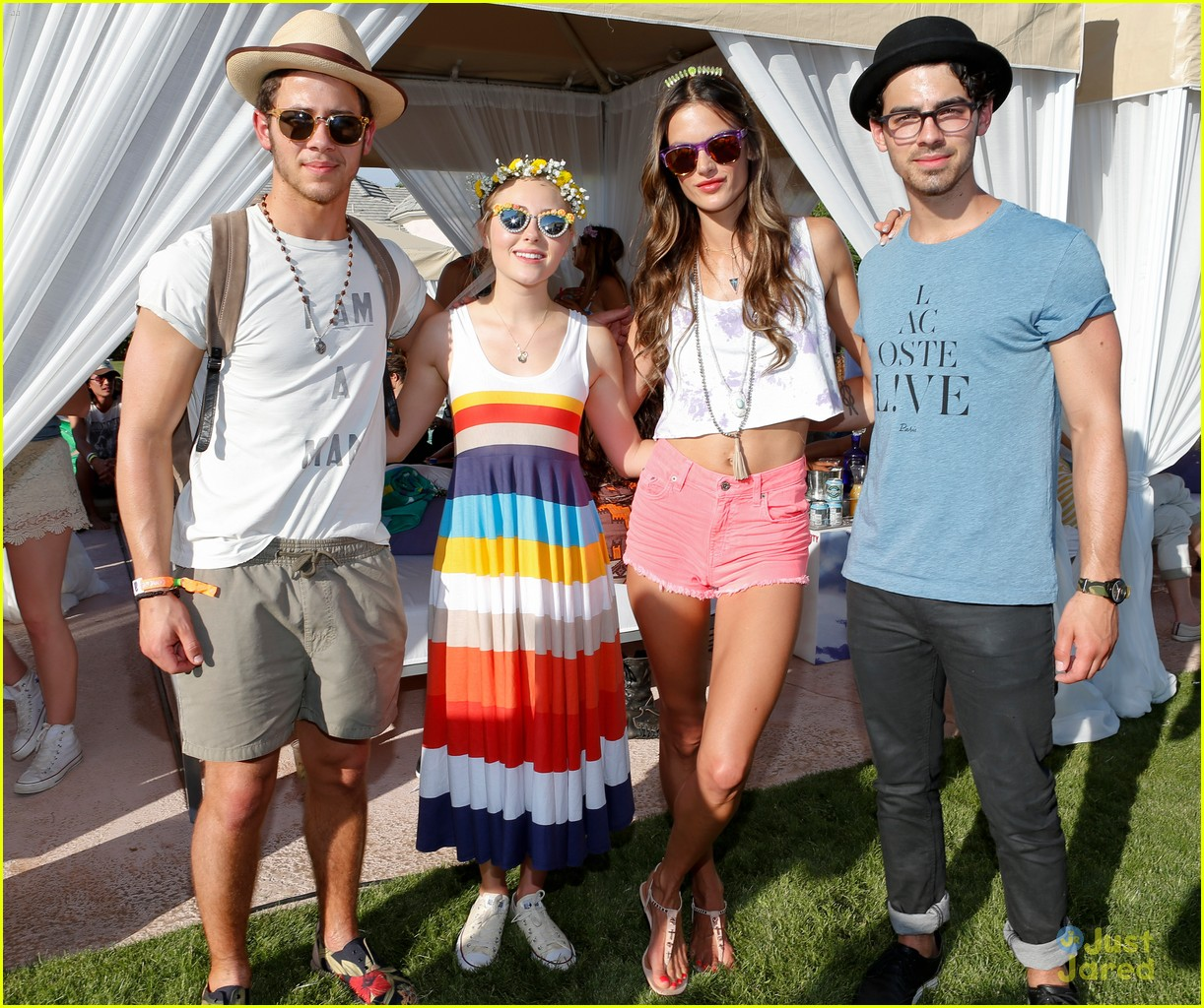 annasophia robb lacoste coachella party 29