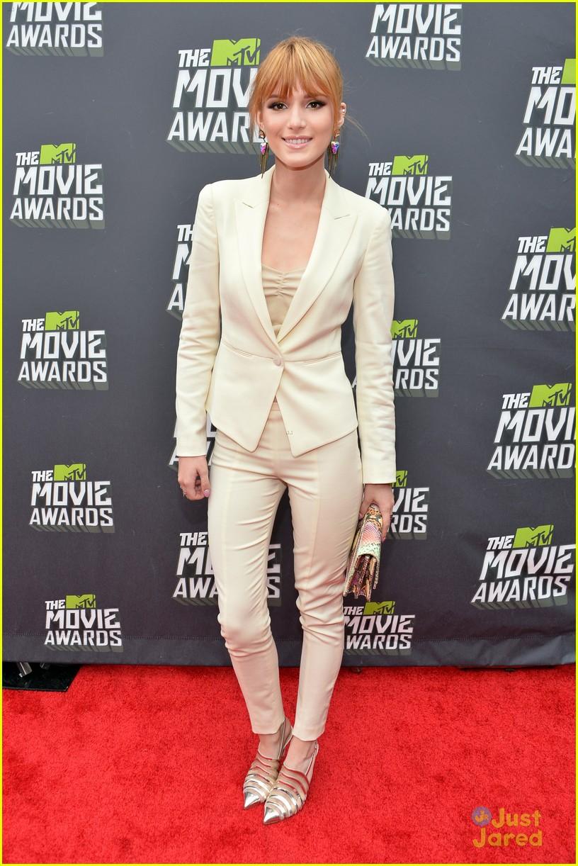 bella thorne mtv movie awards 01