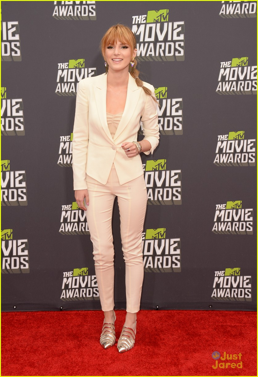 bella thorne mtv movie awards 07