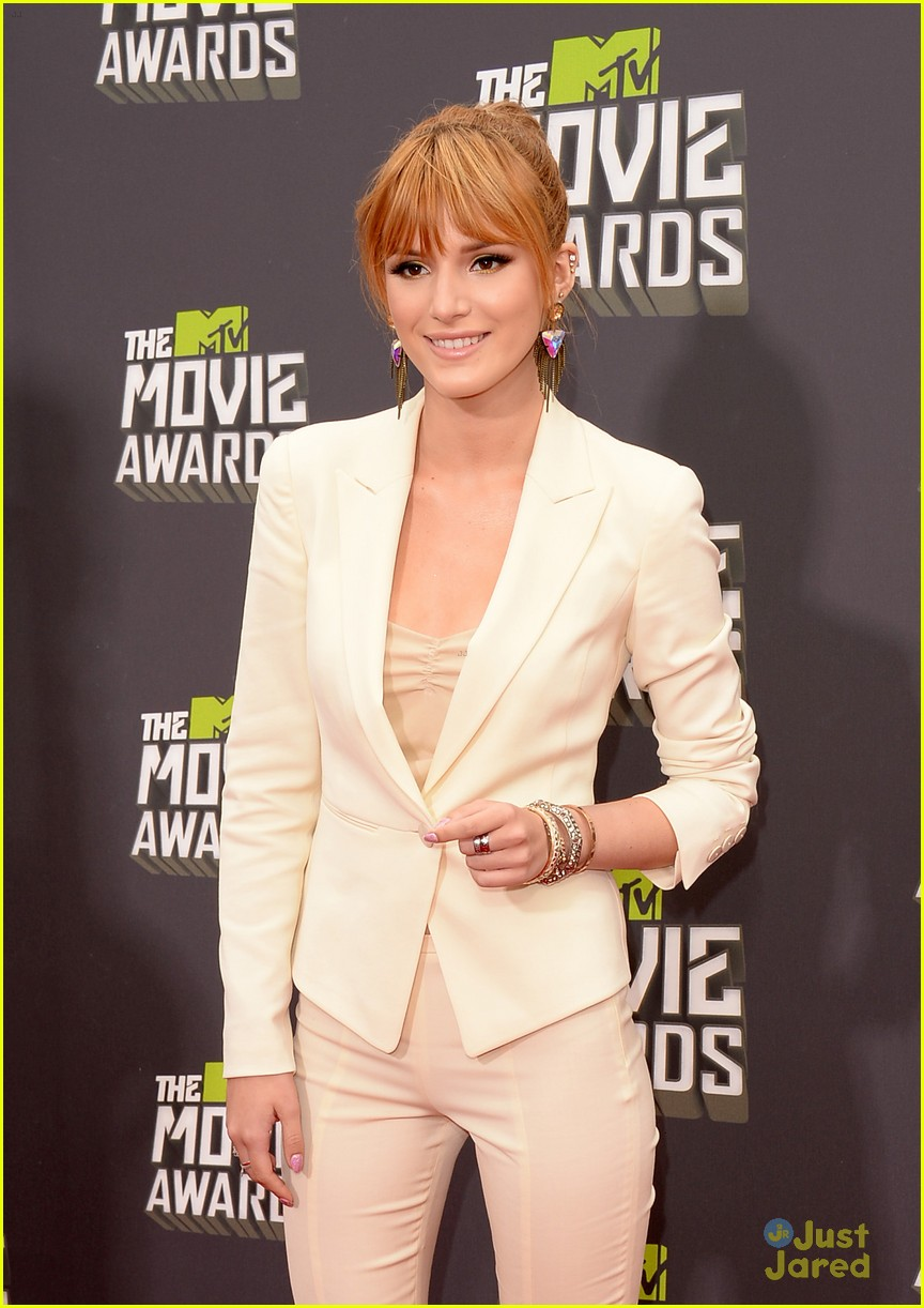 bella thorne mtv movie awards 12
