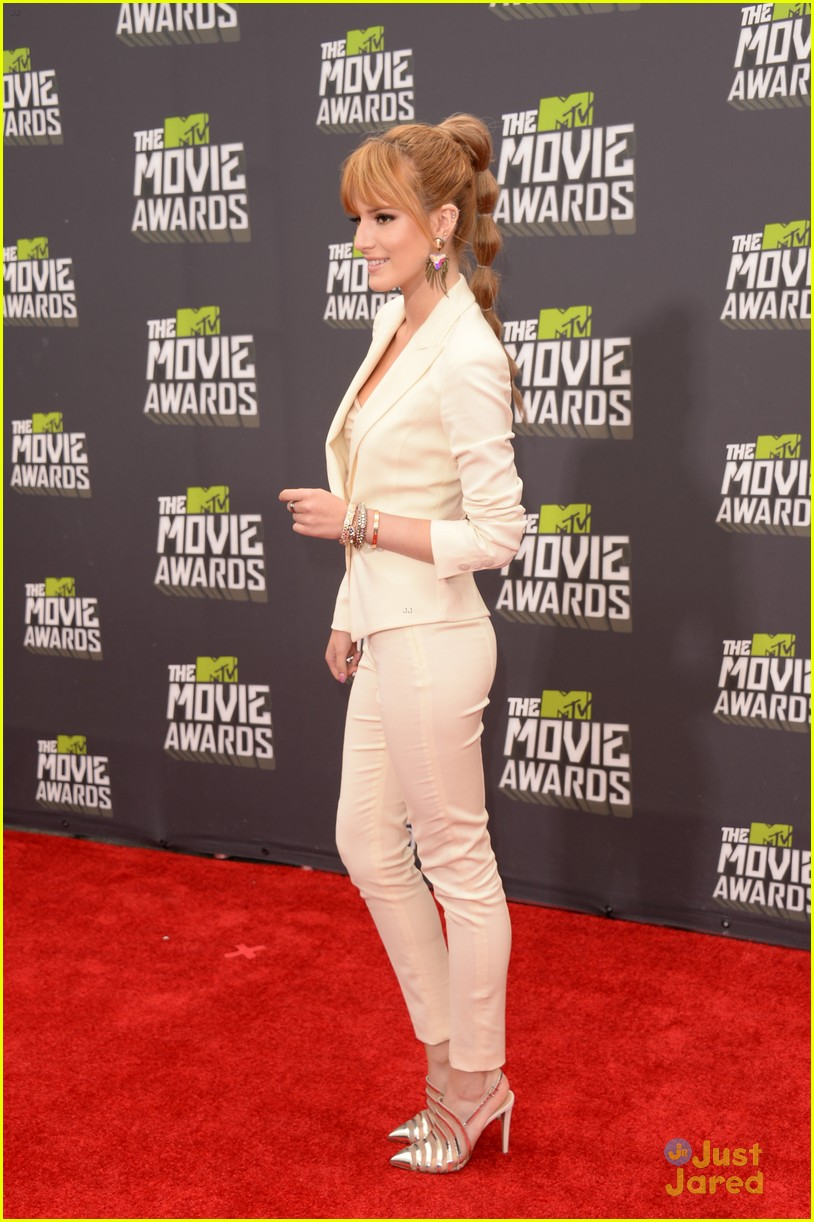 bella thorne mtv movie awards 13