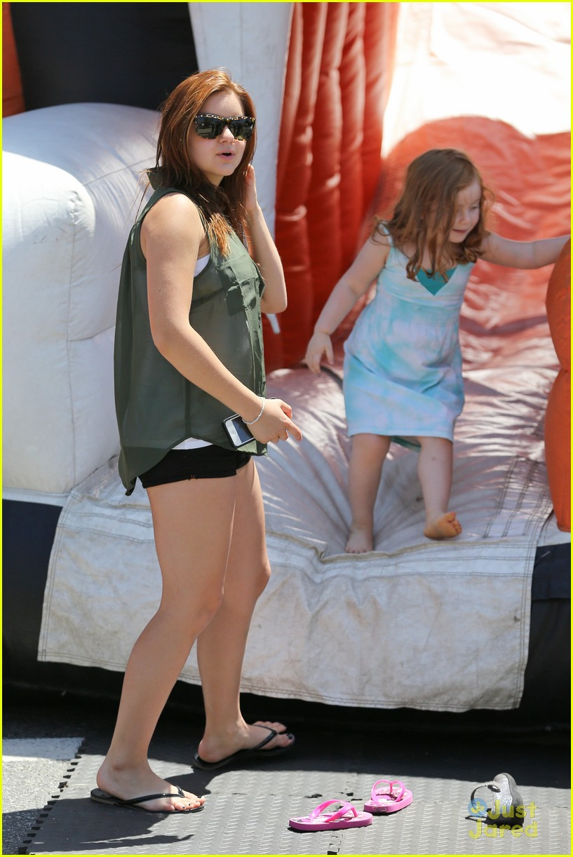 ariel winter sunday farmers market 07