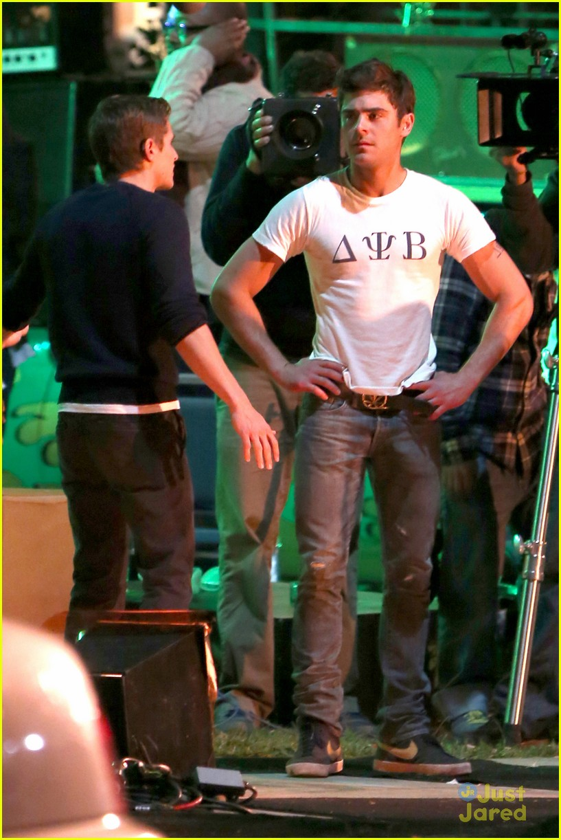 zac efron arrested townies set 07