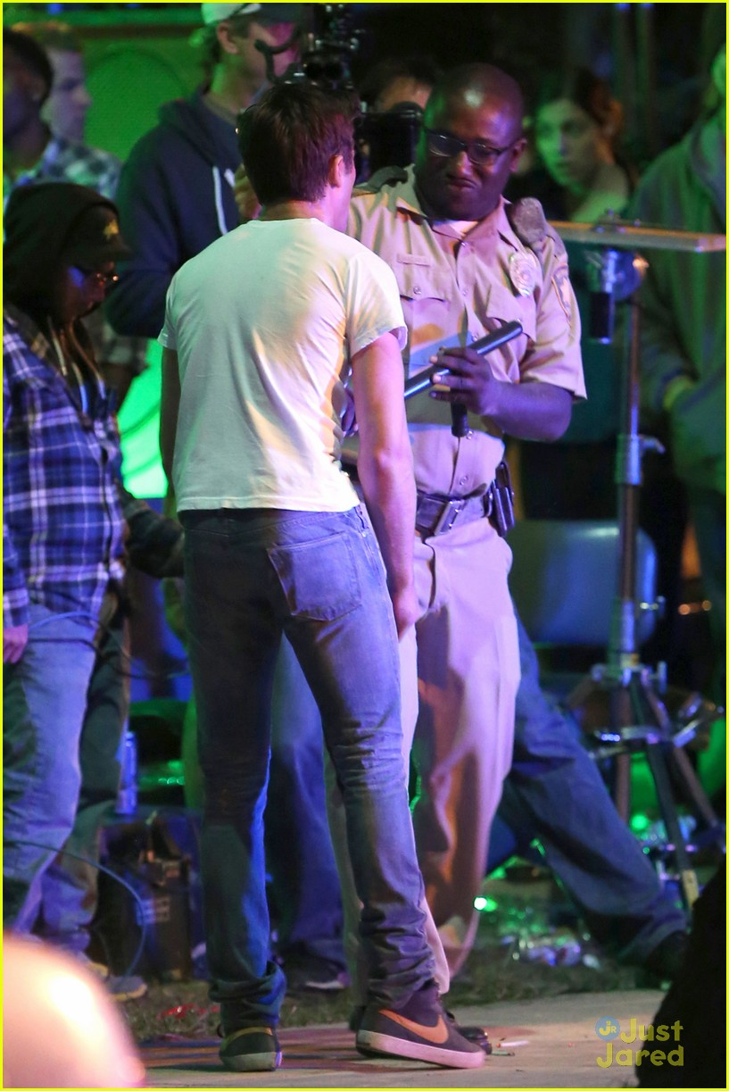 zac efron arrested townies set 15