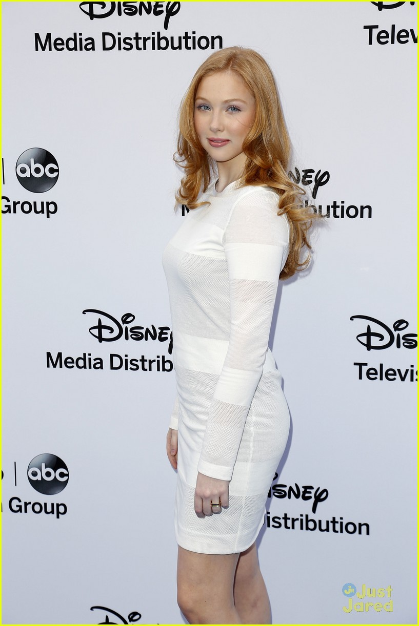 Molly Quinn Molly Quinn new pictures