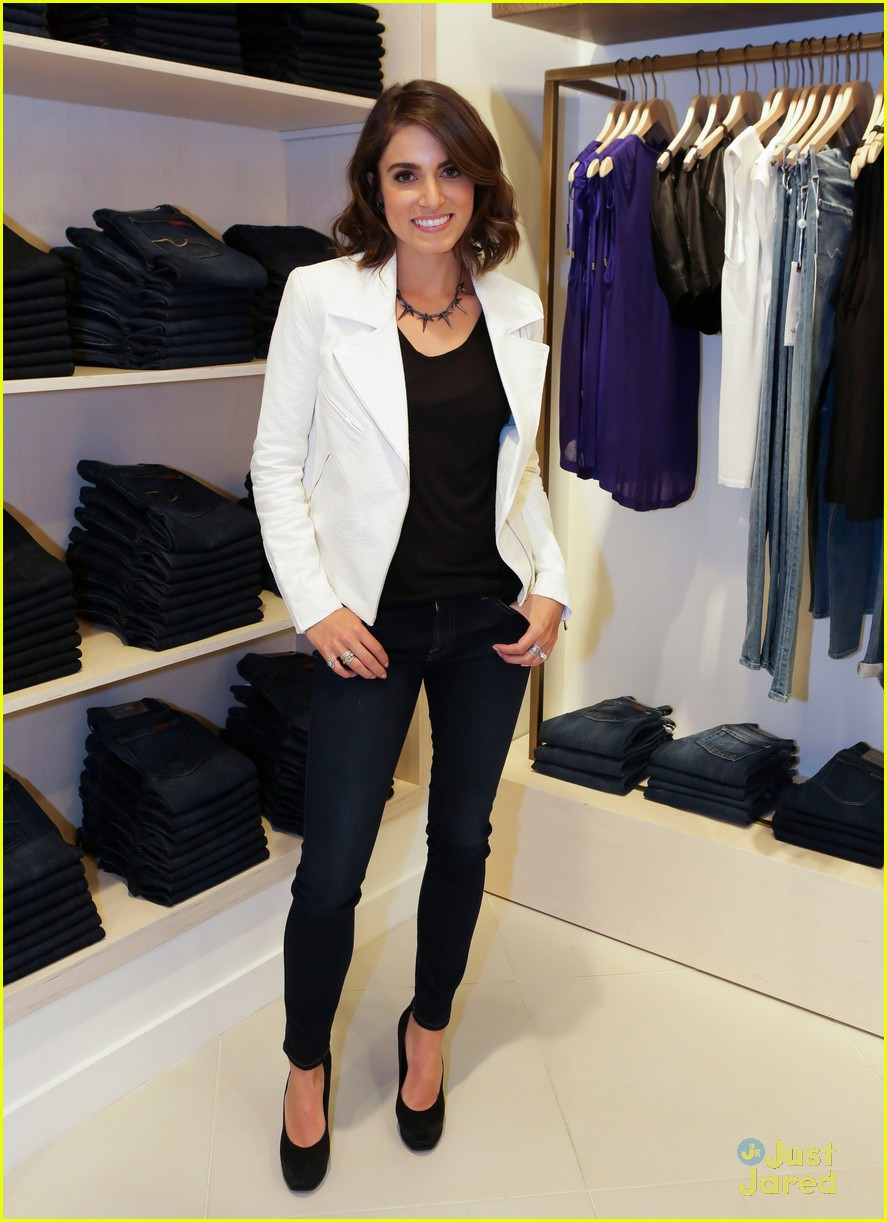nikki reed 7 mankind launch 01
